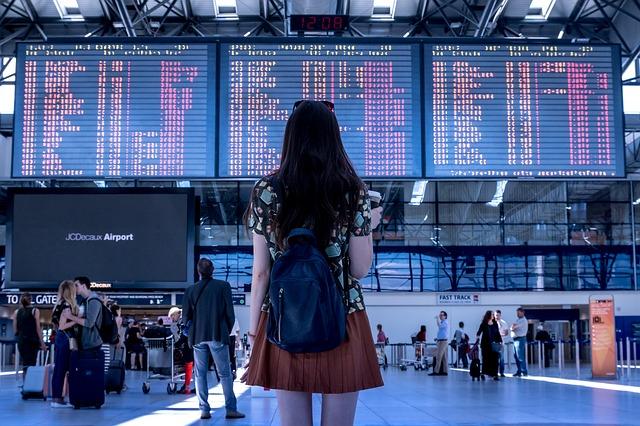 garota-aeroporto-girl-airport