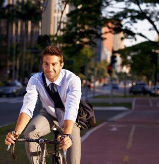 Que tal ir de bike para o trabalho?
